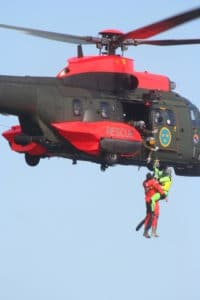 helicopter rescue crew
