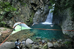 three swimmers waterfall hanging tent site