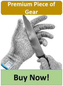 knife on chainmail fillet gloves